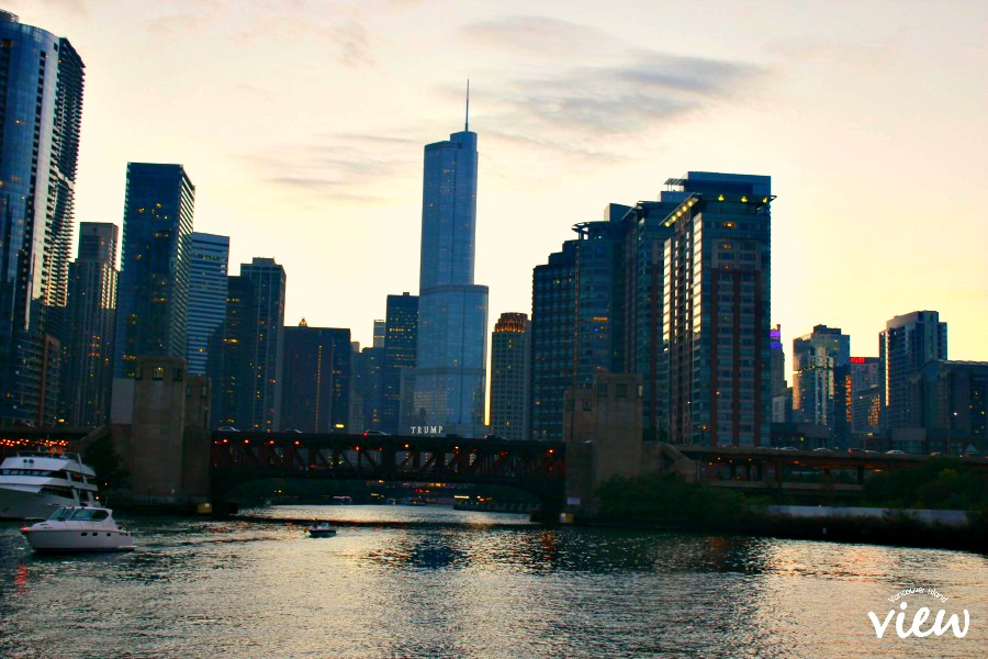 Chicago boat tour - Chicago is most definitely a place not to be missed. Here are some great tips on seeing the best of the best in the Windy City.